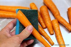 Křupavá kvašená karotka s česnekem jako báječné probiotikum nejen na zimu Chili, Carrots, Vegetables, Food, Chile, Essen, Carrot, Vegetable Recipes, Meals