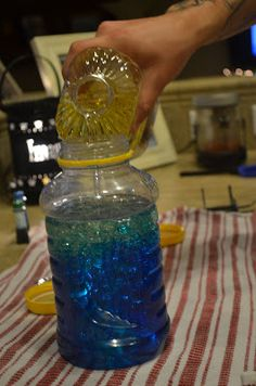 Oil and water science project. easy to make and fun for the kids to play with!
