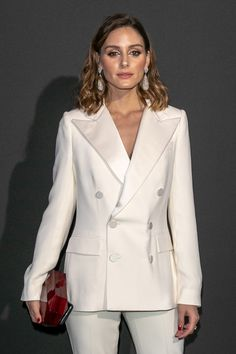 Olivia Palermo attends the Vogue Foundation Dinner Photocall as part of Paris Fashion Week - Haute Couture Fall/Winter at Musee Galliera on July 2018 in Paris, France. Estilo Olivia Palermo, Olivia Palermo Lookbook, Olivia Palermo Style, Gala Gonzalez, Kaia Gerber, Johannes Huebl, Vogue, Neutral Outfit, Plus Size Swimsuits