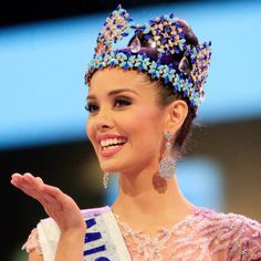 Miss World 2013 winner Megan Young, 23, from the Philippines visit the next venue of the prestigious beauty competition and where the Miss World Organisation is based. Megan took the crown from Wenxia Yu of China, the 2012 winner of MW. Miss France, Marine Lorphelin, 20, took second place, while Miss Ghana, Carranzar Naa Okailey […]