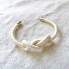 Loving this knotted bracelet for bridesmaids gifts.