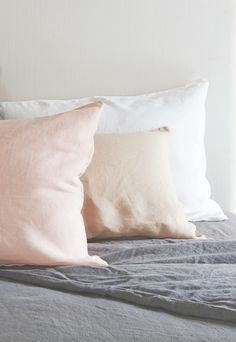 Loaf's Lazy Linen bedding in White, Light Grey and Dusty Pink. Queen Bedding Sets, Comforter Sets, Sparks Joy, Luxury Bedding Collections, Home Comforts, Floral Pillows, Linen Bedding, Bed Linens, Beautiful Bedrooms