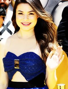 Miranda Cosgrove at Despicable Me 2 Premiere - 2013 (SHE IS PERFECT OMG)