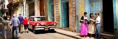 Testigos de Jehová predicando en Cuba