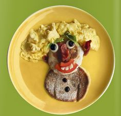 Who says you can't play with your food!? This funny face breakfast is sure to make any picky eater hungry!