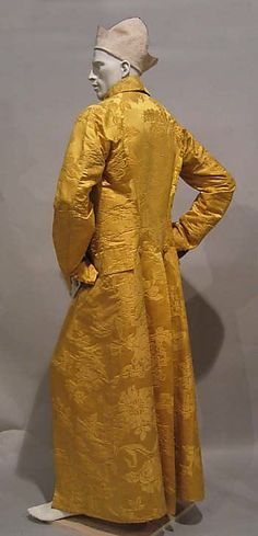 Banyan Date: ca. 1780 Culture: British Medium: silk Dimensions: Length at CB: 63 3/4 in. (161.9 cm) Met NY Accession Number: 1978.135.1