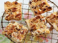 The classic Hello Dolly recipe gets a slight, chocolate-induced makeover in this delicious bar cookie recipe. The salty and sweet...