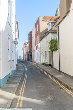 Discover the ancient maritime town of Deal in Kent, promenade the shoreline, visit the castle & finish with fish 'n' chips overlooking the seafront. Kent England, Canterbury, Days Out, Long Weekend, 16th Century, Great Britain, Regency, Seaside, Shells