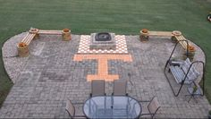 Big Orange TN Vol Patio . Love that checkerboard fire pit! Tn Vols Football, Tennessee Volunteers Football, Tennessee Football, University Of Tennessee, College Football, Football Crafts, Oklahoma Sooners, State University, Outdoor Spaces