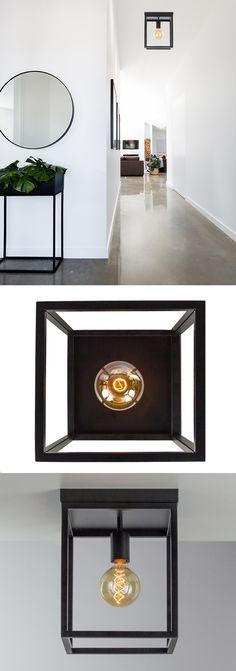 De moderne #plafondlamp zwart frame is gemaakt van zwart gespoten metaal en heeft een mooie gladde afwerking. Erg mooi in een strak modern, #industrieel of #scandinavisch interieur. De moderne plafondlamp is prachtig in uw slaapkamer, kleedkamer, keuken, hal of woonkamer. #straluma #verlichting