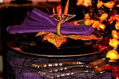Enchanting Halloween Tablescape Instructional Slideshow