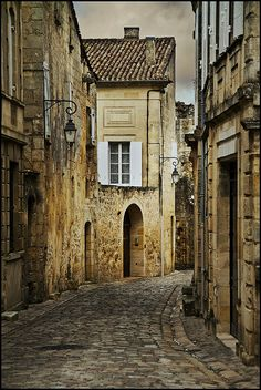 Rue de St-Emilion