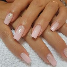 Fascinating Ideas About Ombre Nails Art Design for 2018 - The most beautiful nail models Sparkly Nails, Pink Nails, Gel Nails, Toenails, Nail Art Designs, Nagel Hacks, Coffin Nails, Nail Polish, Glitter Nail Art