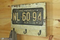 old MI license plate/board with hooks License Plate Crafts, Old License Plates, License Plate Art, License Plate Ideas, Farm Crafts, Wood Crafts, Diy Crafts, Diy Craft Projects, Wood Projects