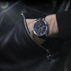 Beautiful in blue: Chemin des Tourelles Automatic Chronograph Bucherer BLUE Le Locle, Chronograph, Omega Watch, Smart Watch, Blue, Accessories, Beautiful, Fashion, Moda