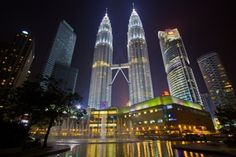Visit to Petronas Twin Towers: Wonderful Tallest Building in World