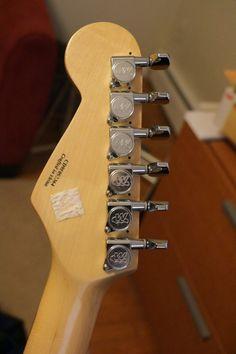 Fender Squier, Wine Rack, Crafts, Home Decor, Manualidades, Decoration Home, Room Decor, Handmade Crafts, Wine Racks