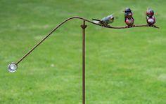 windspel met 3 vrolijke vogeltjes, leuk voor in de tuin als decoratie.