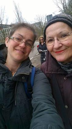 Vanmiddag samen met Polona bij Berthy op bezoek maar vergeten daar een foto te maken. Dan maar eentje buiten :)