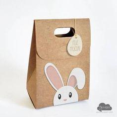 Caixinha #Coelhinho da #Pascoa em papel kraft para colocar doces ou lembrancinhas - 15,5 cm x 11 cm Incluso tag.