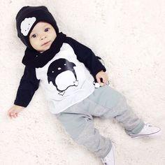 Bébé garçons vêtements Set mode Ins Hot bébé enfants filles garçons pingouin impression T Shirt pantalons vêtements mis coton enfants Costumes(China (Mainland))