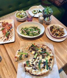 Gluten free and Vegetarian Restaraunt in Houston - True Food Kitchen Houston Brunch, Houston Restaurants, True Food, New Menu, Grubs, Vegetable Pizza, Steak, Gluten Free, Vegetarian