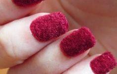 ¡Fantásticas uñas de terciopelo! Encuentra más uñas de moda en: http://www.1001consejos.com/unas-de-moda/