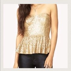 Sequin strapless top Sweetheart cut. Gold sequin strapless top. Forever 21. Side zip. Looks super cute with a mini skirt. Worn once. Forever 21 Tops