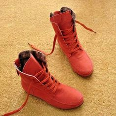 0e6fe2ed203 Coral boots Leather Moccasins