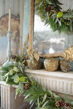 Lime and pine cone garland