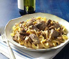 Slow Cooker Beef Stroganoff! #CrockPot #recipe http://www.yummly.com/recipe/Slow-cooker-beef-stroganoff-297991