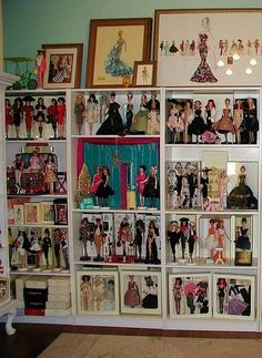 Barbie Room, Barbie Collector, Barbie Friends, Displaying Collections, Ooak Dolls, Display Ideas, Photo Wall, Rooms, Frame
