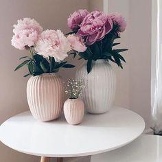 Decoration Bedroom, Diy Home Decor, Birthday Table Decorations, Home Decor Inspiration, Home And Living, Home Accessories, Flower Arrangements, Living Room Decor, Centerpieces