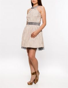 Rochie pentru banchet Dresses, Fashion, Vestidos, Moda, Fashion Styles, Dress, Fashion Illustrations, Gown, Outfits