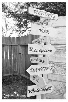 Passt auch prima zum Thema Journey finde ich - Directional sign for a wedding