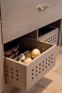 potato storage ideas kitchen onion drawer organization open for onions and bin Kitchen Drawer Organization, Kitchen Drawers, Kitchen Storage, Kitchen Cabinets, Organization Ideas, Storage Ideas, Kitchen Room Design, Modern Kitchen Design, Kitchen Interior