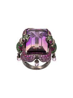 18k Weigoldring mit Diamanten auf Malteserkreuz Alles was schn