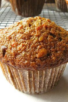 Morning Glory Muffins Recipe Made this twice now and I adore it I used 13 cup unsweetened coconut golden raisins instead of regular 2 apples no walnuts Used the food proc. Morning Glory Muffins, Donut Muffins, Mini Muffins, Muffins Blueberry, Pineapple Carrot Muffins, Oatmeal Carrot Muffins, Carrot Cake Muffins Healthy, Gluten Free Carrot Muffins, Honey Bran Muffins