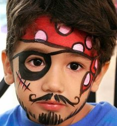 Easy Pirate Face Painting for a pirate party Pirate Face Paintings, Face Painting For Boys, Body Painting, Easy Face Painting Designs, Pirate Makeup, Cool Face Paint, How To Face Paint, Kids Makeup, Boy Face