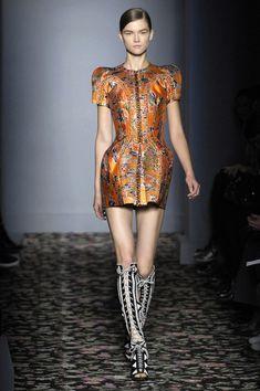 obviously this designer likes Alexander Mc Queen  Balenciaga Spring 2008