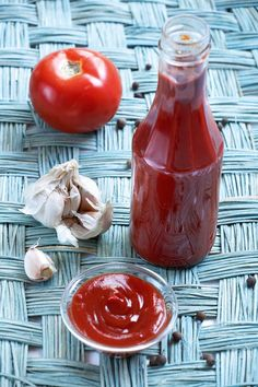 Greek Recipes, Keto Recipes, Cooking Recipes, Cetogenic Diet, Cookbook Recipes, Food Hacks, Food Tips, Ketchup, Hot Sauce Bottles