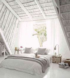 White attic bedroom {pretty}