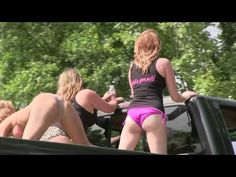 Big Trucks Mudding, along with ATV's and other custom off road vehicles. Dirt bikes and yes even 3 wheelers make it into the mix here in Louisiana. Chevy 4x4, Red State, Big Trucks, Way To Make Money, Louisiana, Mudding Trucks, Sports, Youtube, Tractor