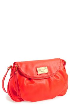 Love this classic Marc Jacobs crossbody in red!