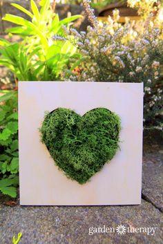 Mother's Day gift idea for garden-loving moms - Moss Heart Wall Art