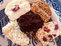 Lorama Foods Vegan Cake Review – Super Savvy Vegan Krispie Treats, Rice Krispies, Vegan Cake, Foods, Cookies, Desserts, Food Food, Crack Crackers, Tailgate Desserts
