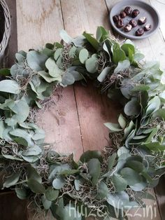 Krans eucalyptus - Lilly is Love Dried Flower Wreaths, Greenery Wreath, Dried Flowers, Christmas Door Wreaths, Holiday Wreaths, Christmas Decorations, Eucalyptus Wreath, Decoration Inspiration, Floral Garland