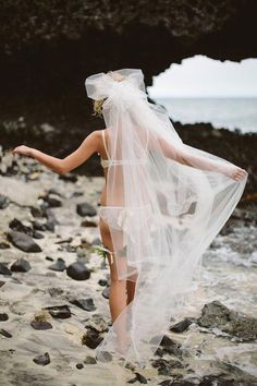 Destination honeymoon boudoir shoot and bridal session on Vomo Island Resort in Fiji with underwater shots and a sea plane. Wedding Night, Dream Wedding, Hair Wedding, Wedding Tips, Wedding Makeup, Photography Poses, Wedding Photography, Friend Photography, Maternity Photography