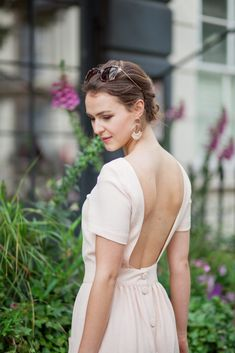 Planning my Summer holiday wardrobe for this pretty backless dress with Everyday lingerie solutions to take you from work to play from Wonderbra! Backless Bra, Actress Anushka, Holiday Wardrobe, Industrial Wedding, Boudoir Photography, New Outfits, Stylists, Beautiful Women, Glamour