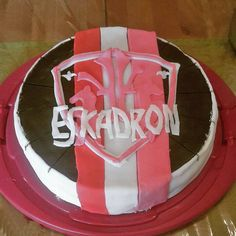 www.horsealot.com, the equestrian social network for riders & horse lovers | Equestrian World : Eskadron cake.
